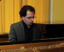 Olivier Lloansi spielt Ludwig van Beethoven